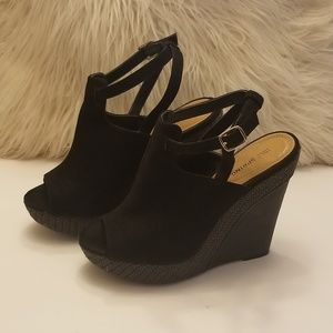 Call it Spring Women's Black Wedge with side strap